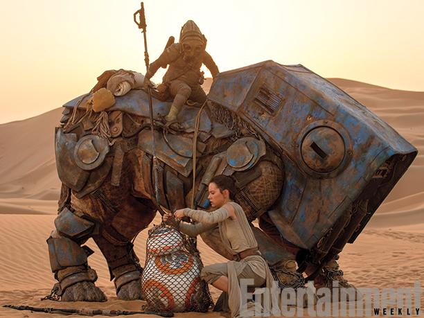 Rey salvando BB-8 de Teedo e sua luggabeast.